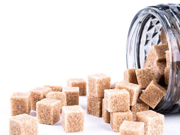 brown cane sugar cubes 1462968759hKm